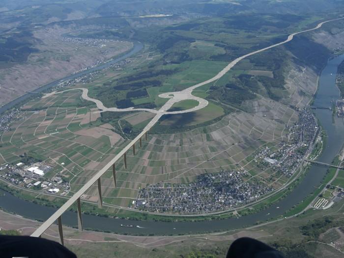 Brückensimulation  von oben auf den Moselsporn